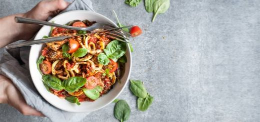 zoodles-and-tomato-sauce