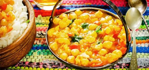 cauliflower-chickpea-curry