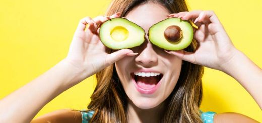 happy-avocado-woman