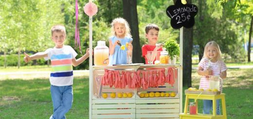 kids-lemonade-stand