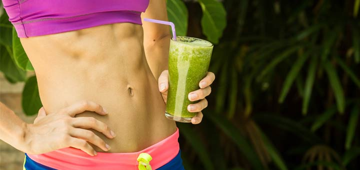 fit-lady-green-smoothie