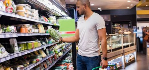 black-man-grocery-shopping
