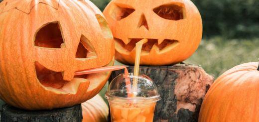 carved-pumpkins-drinking