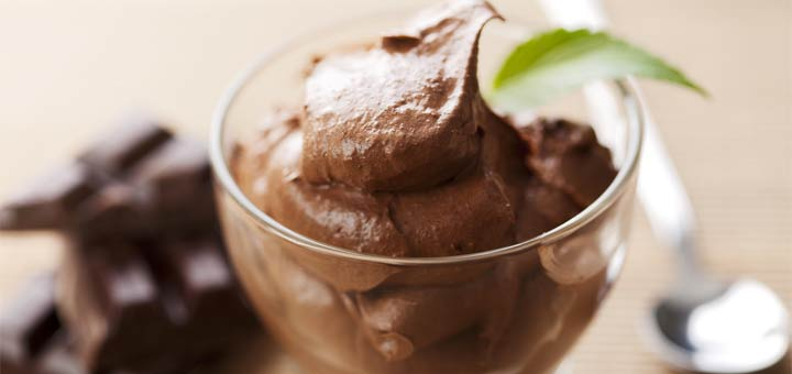 3 Ingredient Peppermint Chocolate Mousse