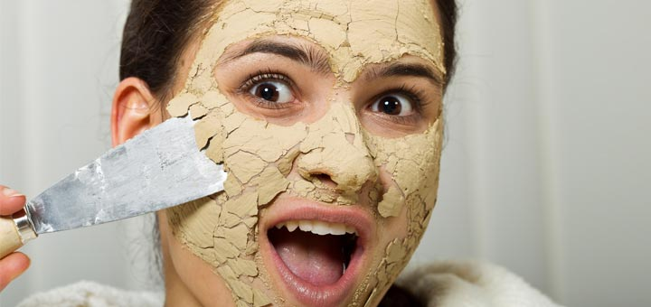 cracked-face-woman