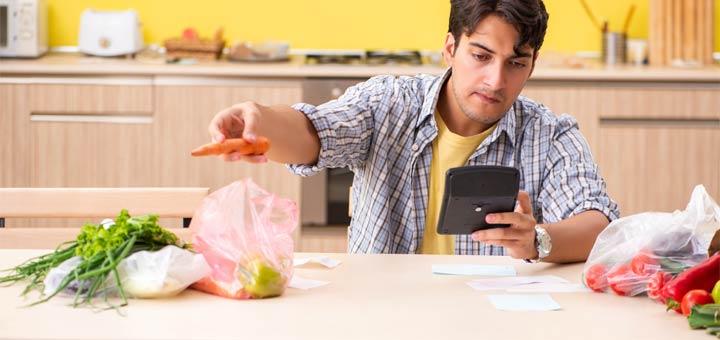 calcolatore-uomo-cibo-budget
