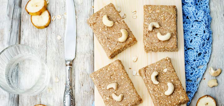 banana-cashew-bars