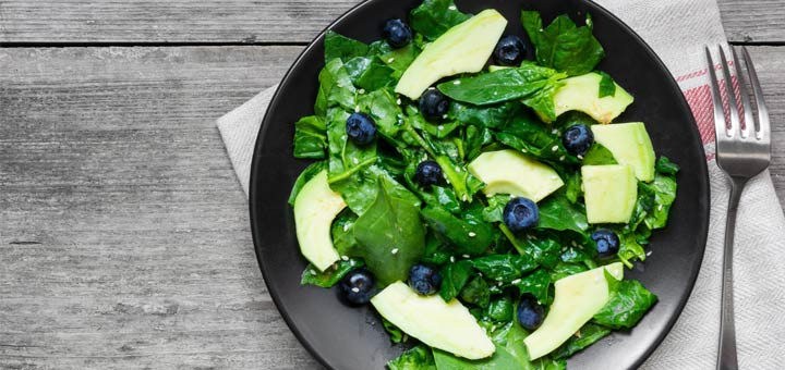 spinach-blueberry-avocado-salad