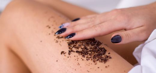 coffee-scrub-female-thigh