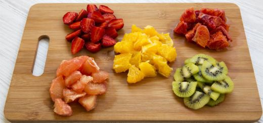prepped-fruit-for-smoothies