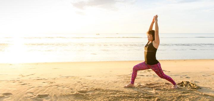 yoga-woman-on-beach