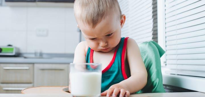 angry-baby-milk-glass