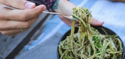 Zucchini Noodles With An Arugula Lime Pesto