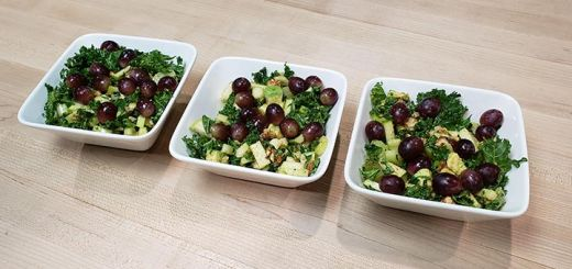 Avocado & 12 Grape Salad With Walnuts