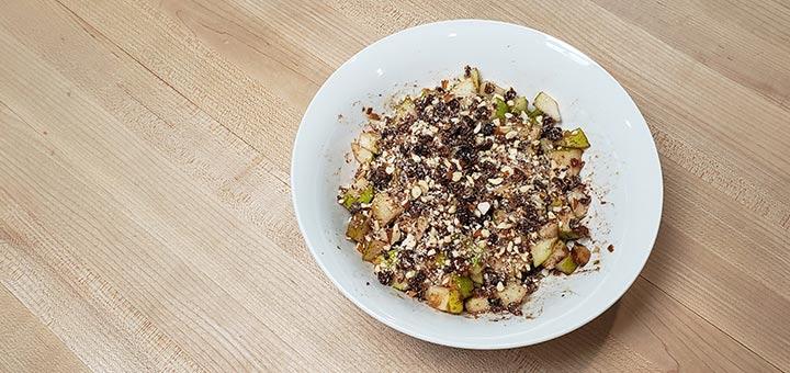 cinnamon-spiced-pear-bowl
