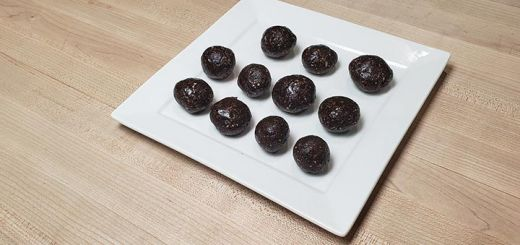 gingerbread-energy-balls