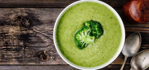 vegan-broccoli-soup