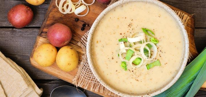 Creamy Vegan Potato Leek Soup