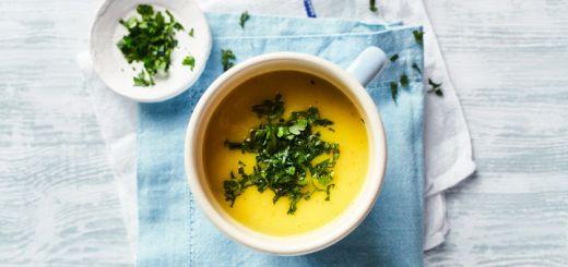 Crockpot Broccoli Turmeric Soup