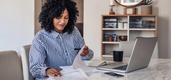 7 Tips To Stay Healthy While Working From Home