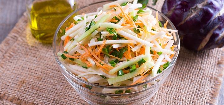Crispy Kohlrabi, Carrot, And Apple Salad