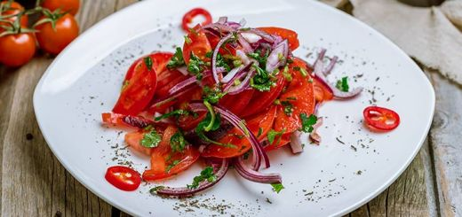 Marinated Sliced Tomato & Herb Salad