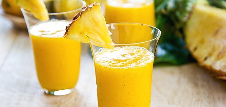 Golden Kiwi, Pineapple, & Turmeric Smoothie