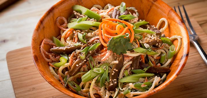 Raw Vegan Pad Thai With Kelp Noodles