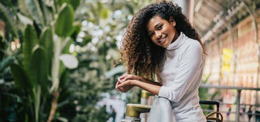 The Top 5 Essential Oils To Help You Grow Strong Healthy Hair