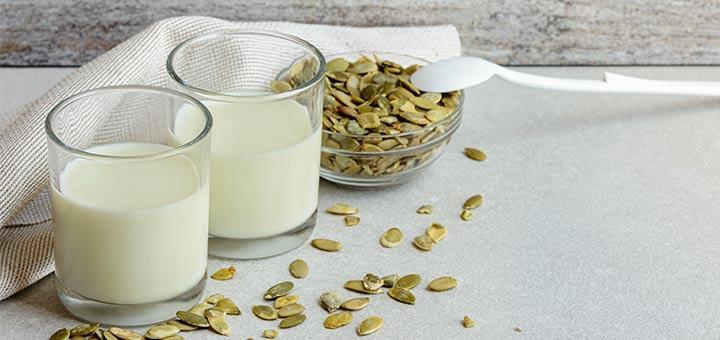 Homemade Raw Vegan Pumpkin Seed Milk