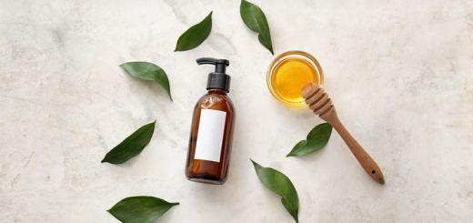 DIY Honey Shampoo To Combat Frizzy Hair