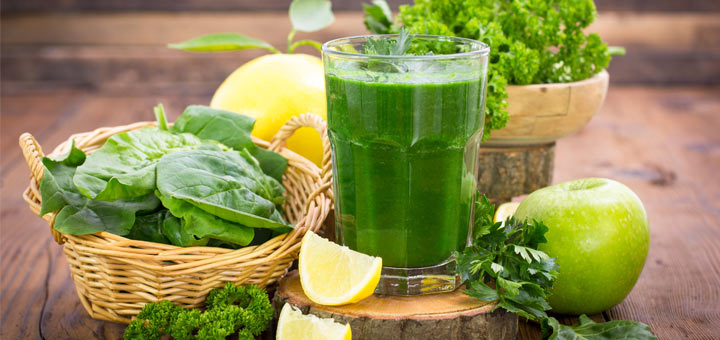 Green Smoothie To Nourish Your Skin
