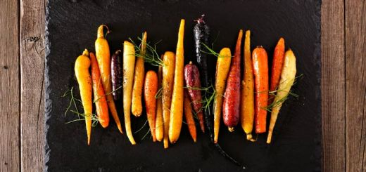 Healthy Thanksgiving Side: Rainbow Roasted Carrots