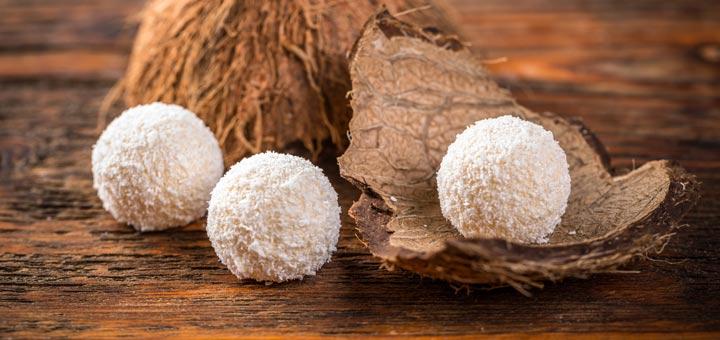 Raw Vegan Coconut Snowball Energy Bites