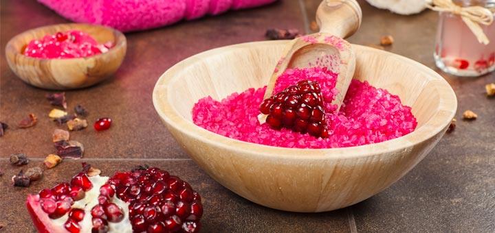 DIY Pomegranate Orange Sugar Scrub