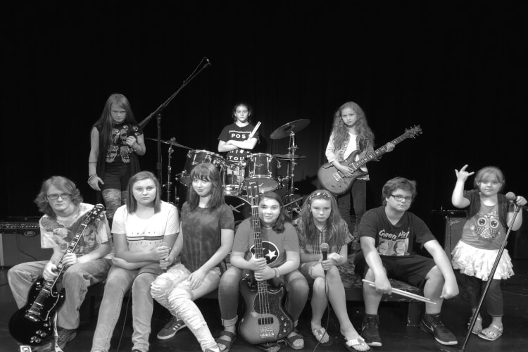 ROCK AND ROLL MIXTAPE CAMP