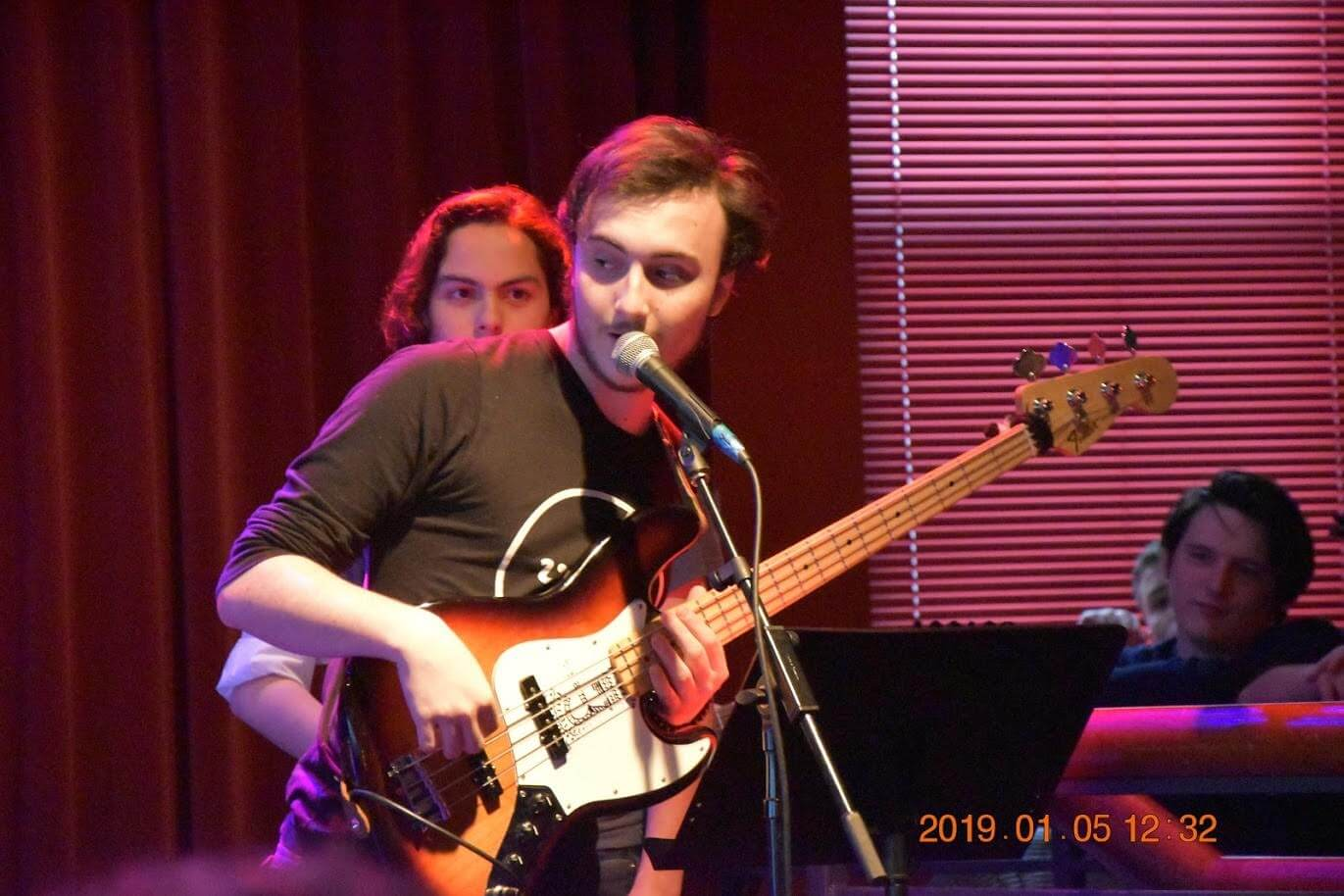 Sing live onstage at School of Rock Princeton.