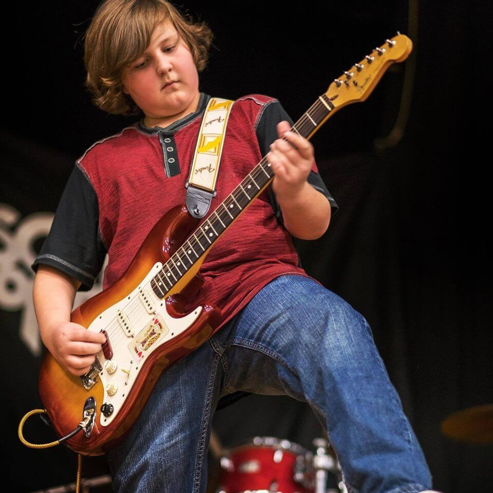 Learn to play the guitar with School of Rock.