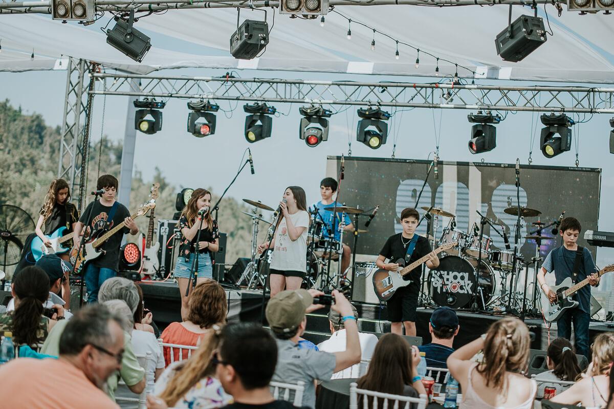 Alumnos sede Los Dominicos en School of Rock Fest 2017.