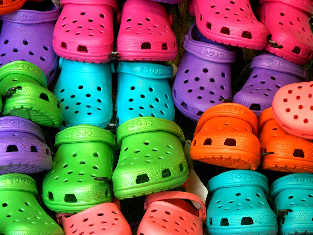 Background image for Crocs Club, the loyalty program of Crocs.