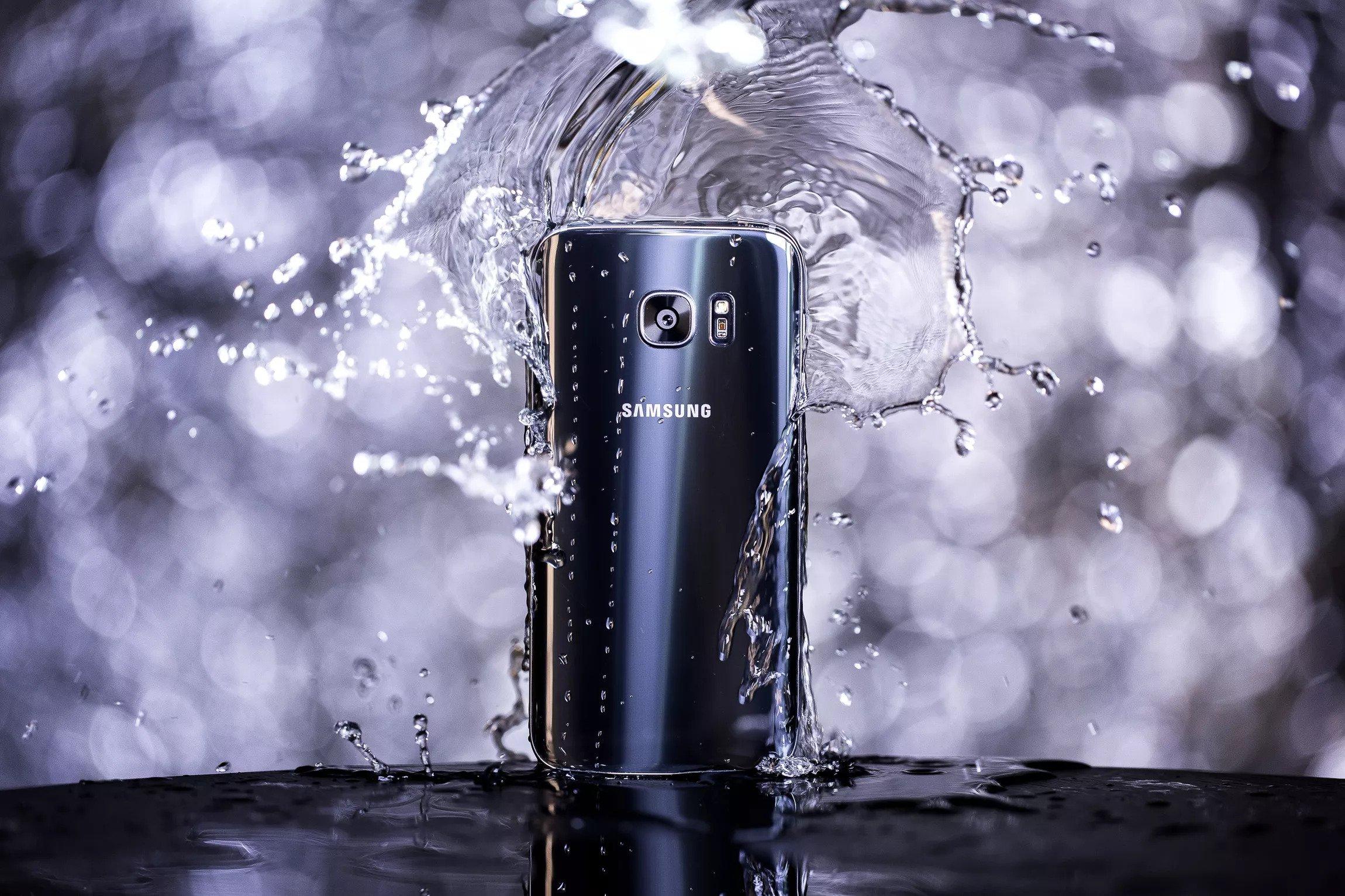 Background image for Samsung Rewards, the loyalty program of Samsung.