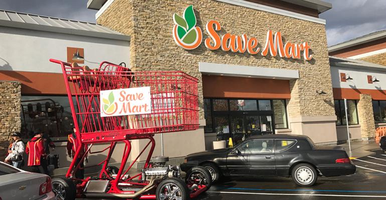 Background image for Save Smart Rewards, the loyalty program of Save Mart.