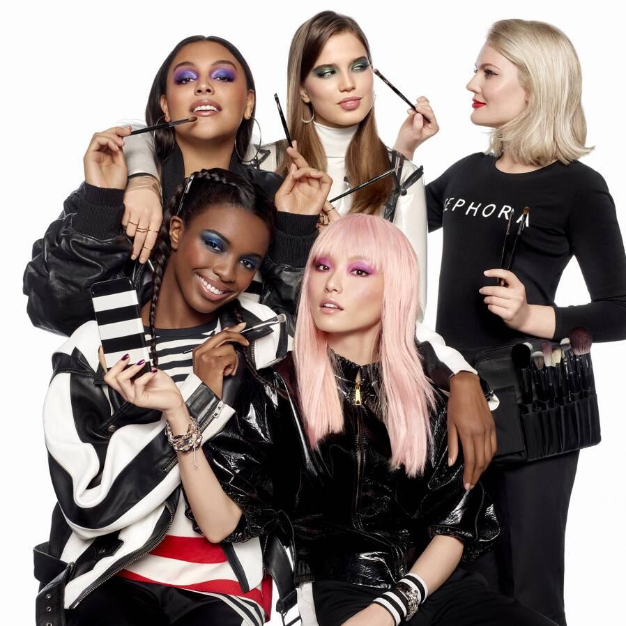 Background image for Beauty Insider, the loyalty program of Sephora.