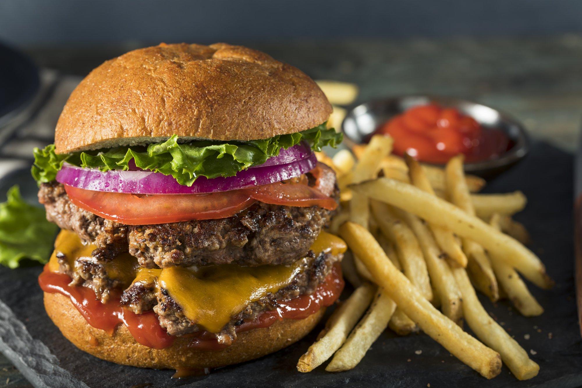 Background image for SmashClub Rewards, the loyalty program of Smashburger.