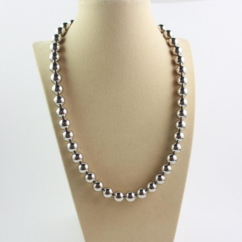 Silver Beads Magnet Necklace