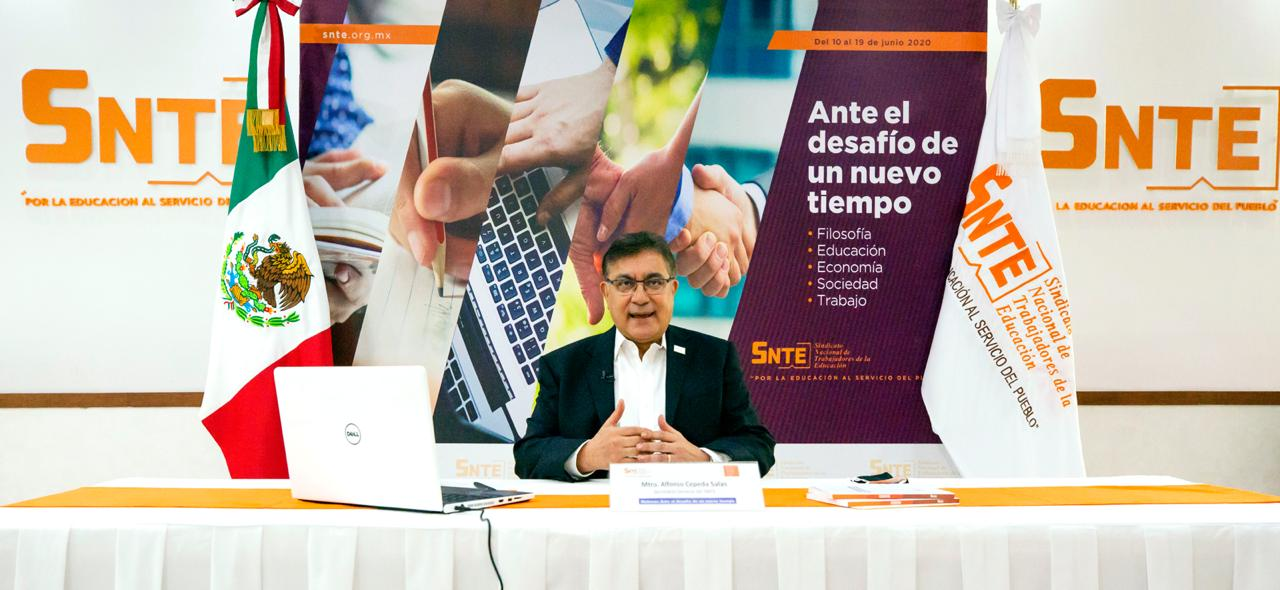 Debemos pensar en ajustes al modelo económico y en un Estado social más fuerte: Gerardo Esquivel