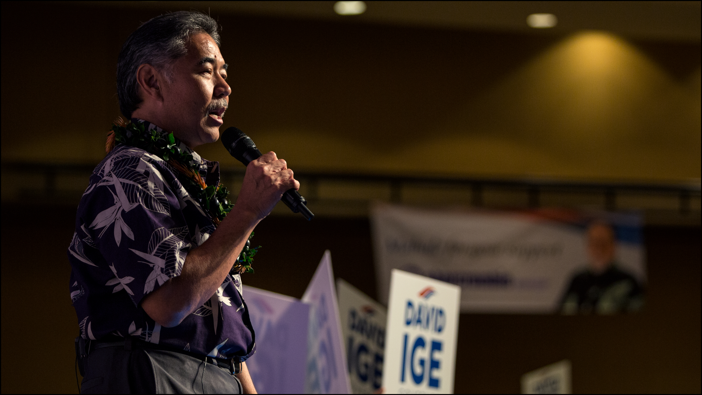 Ige Holds Healthy Lead Over Abercrombie In Hawaii Governor