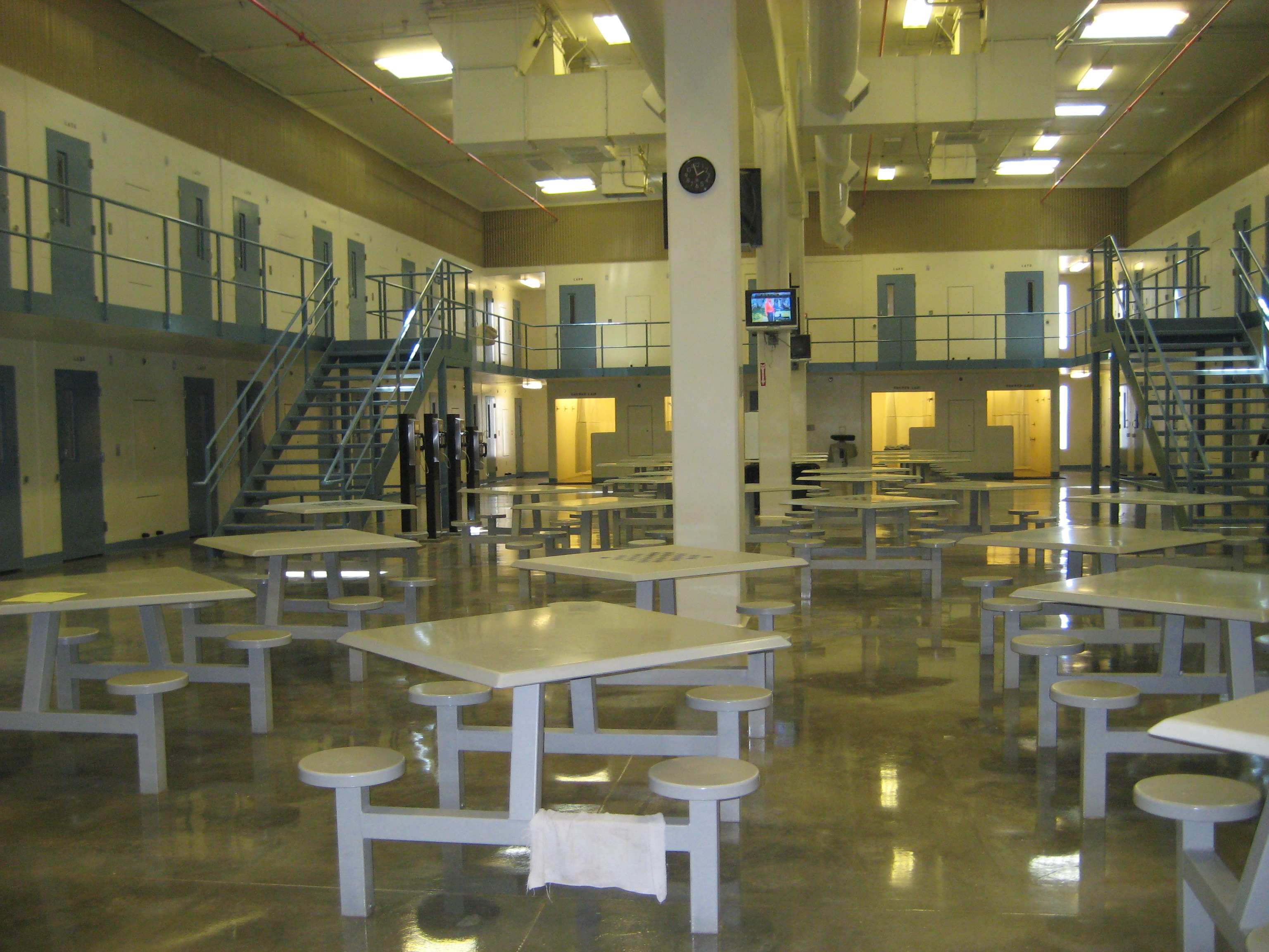 ACLU Hawaii to Sue Mainland Prison Company