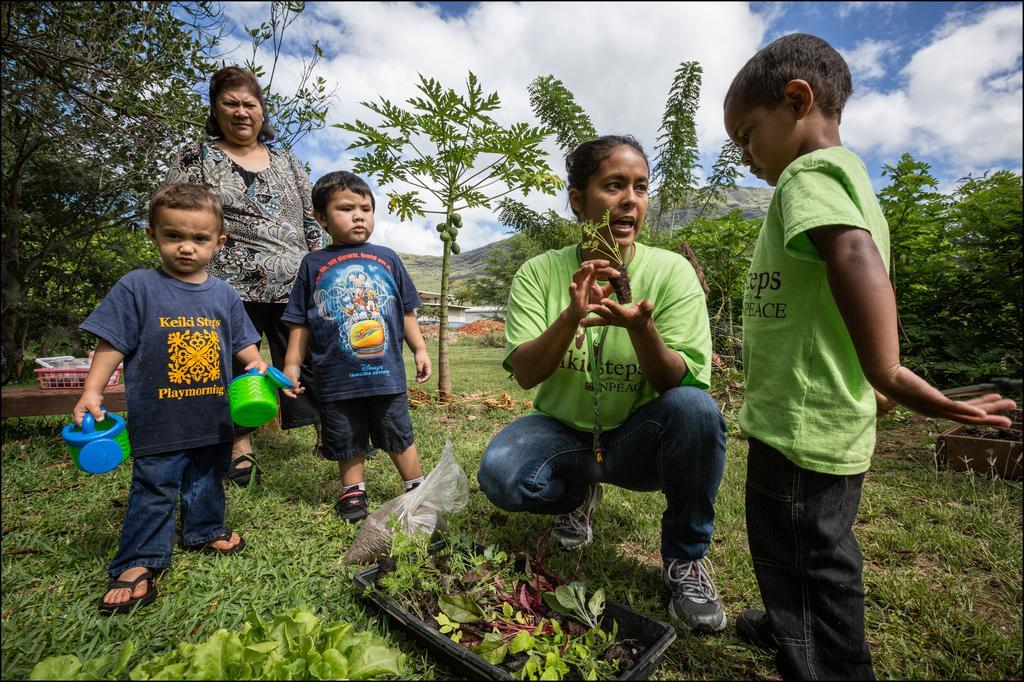 Hawaii's Homeless: Kids, Parents Learn Together in Preschool Programs