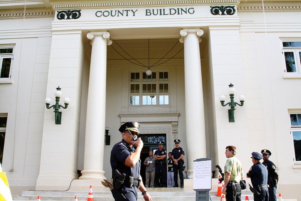 Democracy Interrupted: Kauai Suspends Vote on Pesticide, GMO Bill